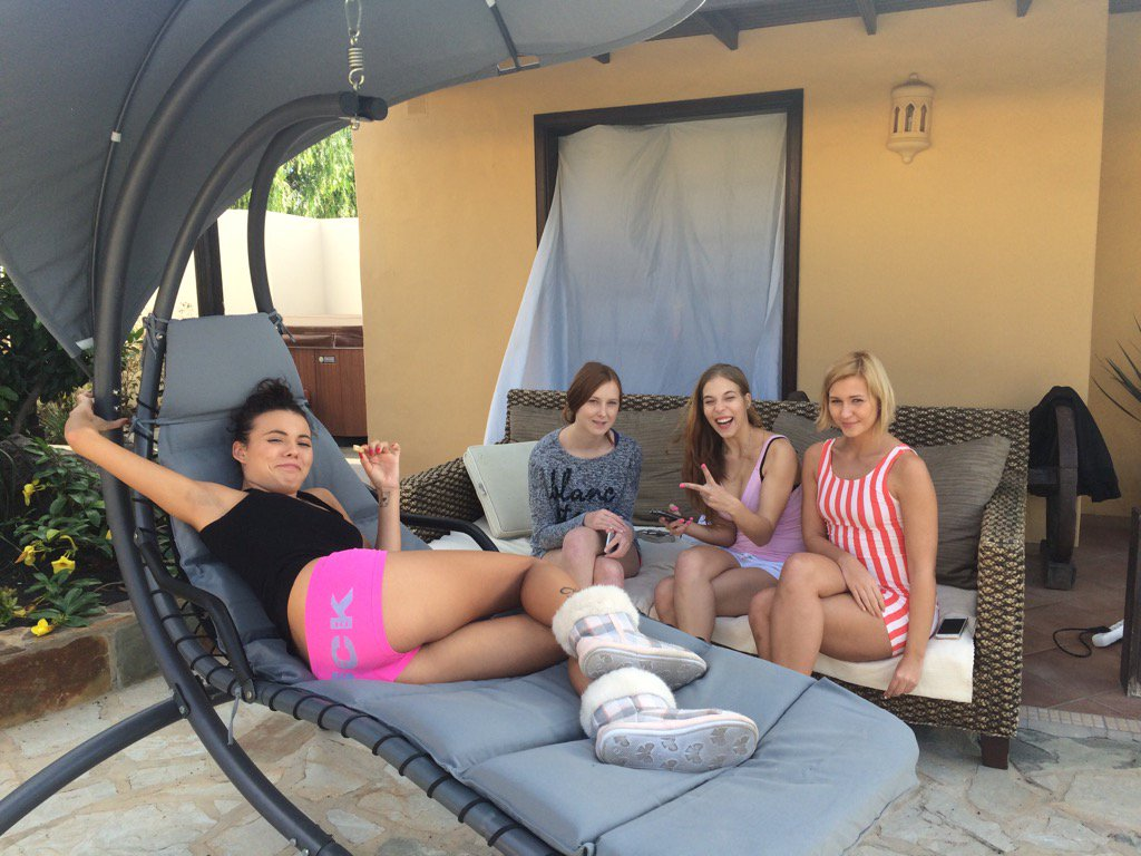 Sexy girls are chiling between scenes for TracyLindsay CandyBelle and VanessaDecker