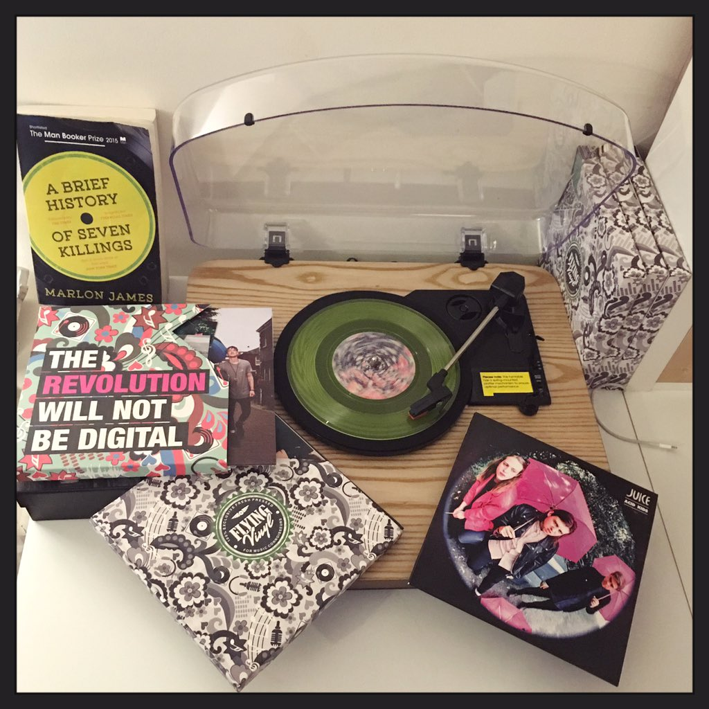 The revolution will not be digital (cc @Flying_Vinyl) https://t.co/L9GxgsDfex