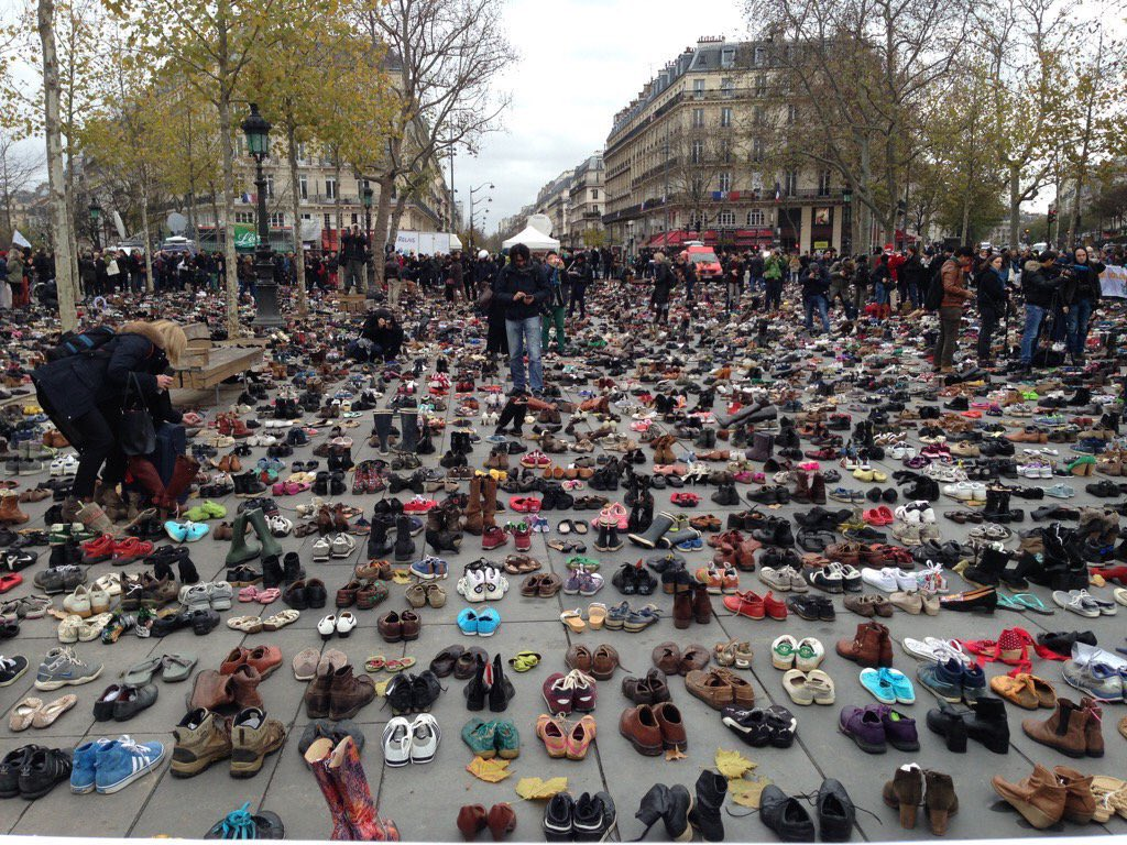 RT @climate_rev: Empty shoes represent all those who would have marched at #COP21 #Climatemarch via @Alex_Verbeek https://t.co/uWYOUGxwtU