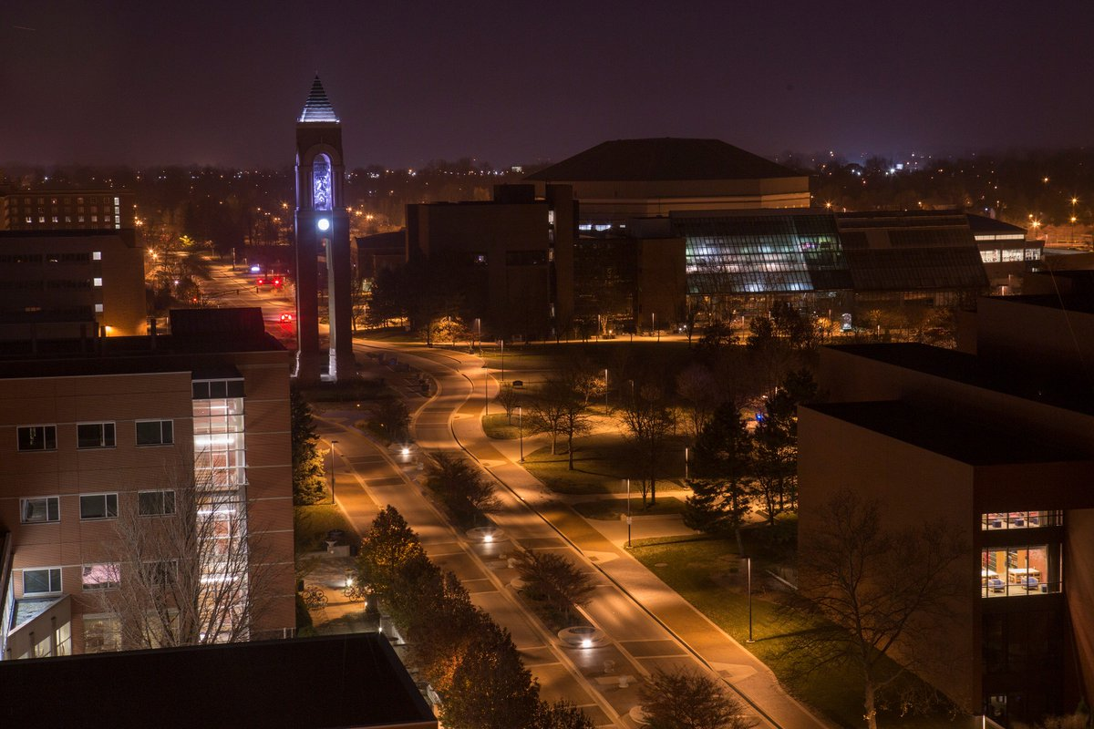 Ball State has a beautiful campus - especially during the predawn hours when most people are sleeping. #ballstate https://t.co/AgsrEcmKrd