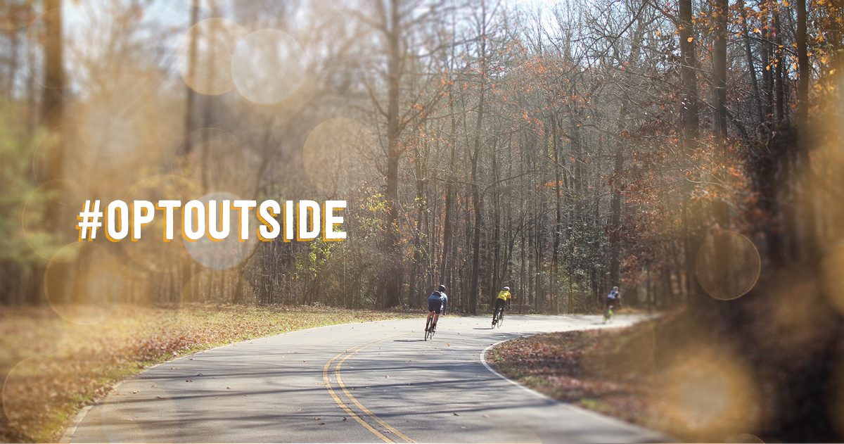 It's too nice out to be hunting for a parking space at the mall.  Good idea, @REI. #optoutside https://t.co/KZqBRpYis3