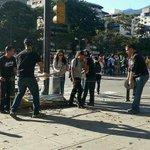 ¿La manito que puso las guayas? #LaManitoNiDeVaina https://t.co/wq13ZT32NX