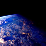 Day 247. Night falls, and today become the past. #GoodNight from @space_station! #YearInSpace https://t.co/Hxx8JmjG45