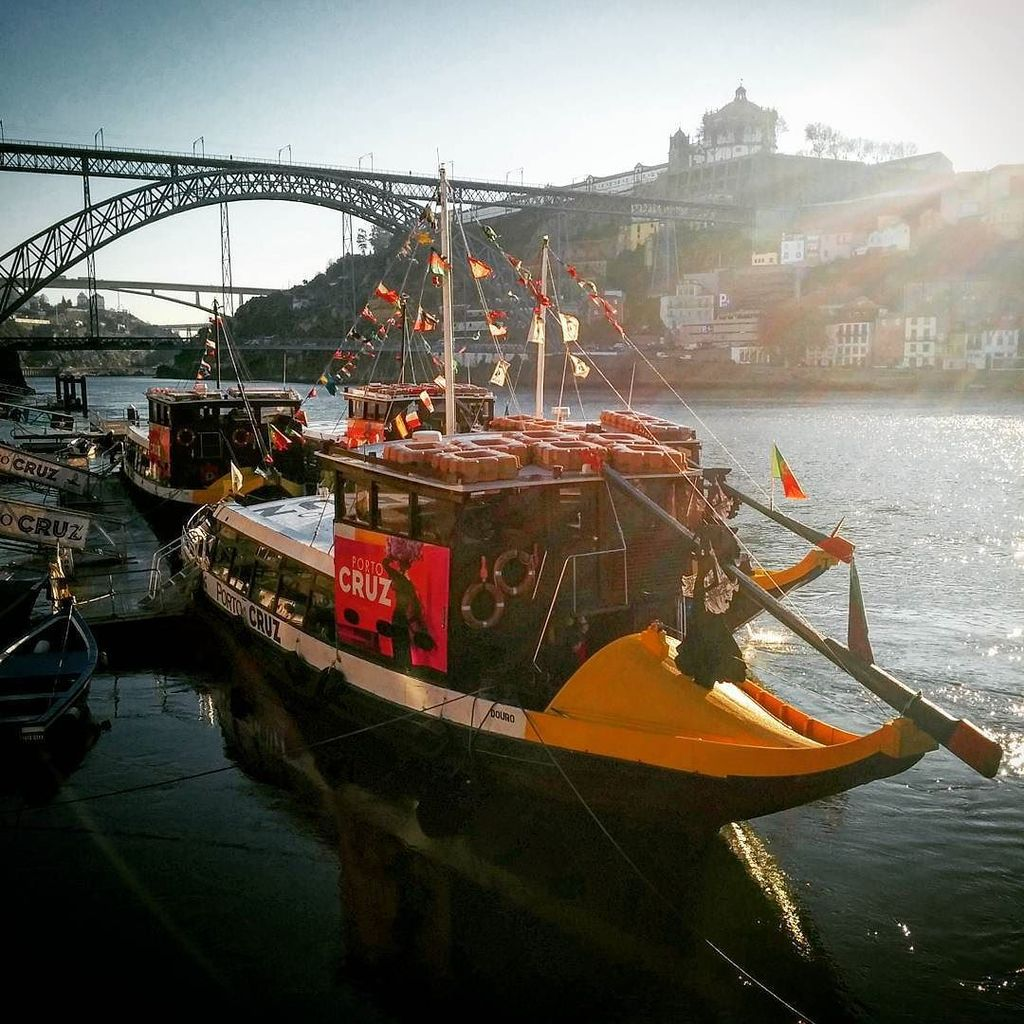 It's a beautiful day in my neighborhood. #Porto #portugal #travel #travelgram #douro https://t.co/ZRFIRPFm3a