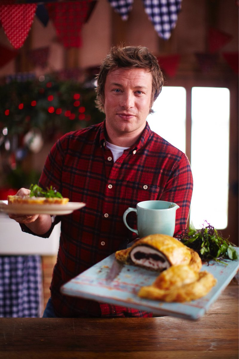 It's that time of year again! Ep 2 of 'Christmas with Bells On' on @4seven at 2pm. Recipes: https://t.co/KoGkC1fs6C https://t.co/NI4cXQgTvZ