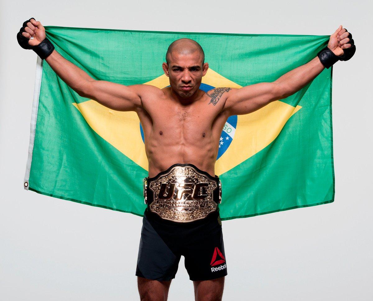 CHEGOU A HORA! @josealdojunior encara @TheNotoriousMMA no #UFC194. Acompanhe em tempo real: https://t.co/Md5xv5C2eG https://t.co/eoiyqQw6As