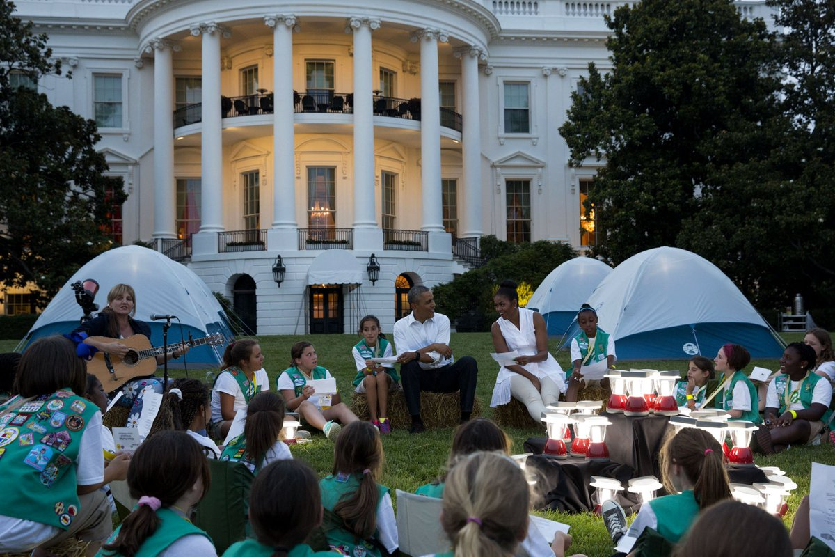 First-ever @WhiteHouse campout. #2015in5Words https://t.co/tKeQrcrxgk https://t.co/8skx399xPR
