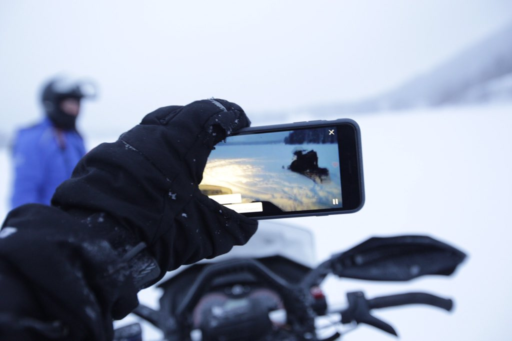 Lufthansa live from Finland: we're snowbiking the frozen lake of Levi.