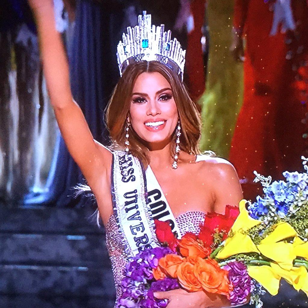 Le dan y le quitan el título a #Colombia en #MissUniverse2015 https://t.co/e1ssbmnq8Y