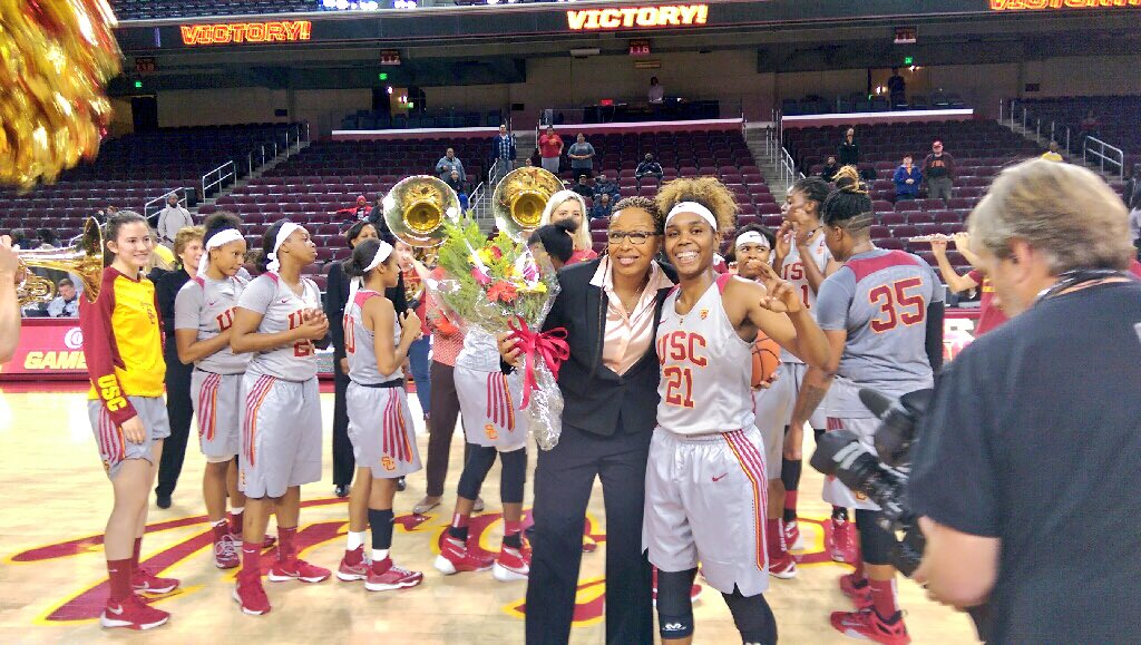 1st @pac12 victory AND @AllDecade14's 200th victory? Great night for @USCWBB. https://t.co/VAft0n5FET