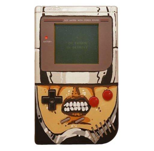 Game Boy custom Robocop par Grim Nyberg #gameboy #robocop https://t.co/Gsk2m133L8