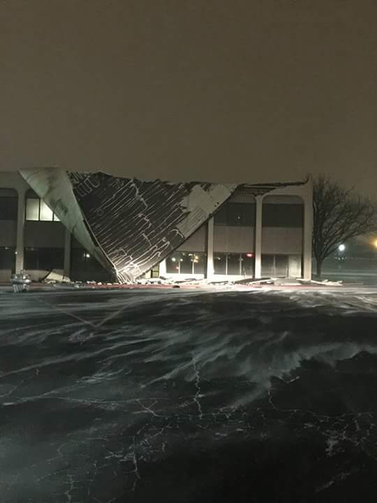 Medi Park office complex has roof blown off during blizzard - https://t.co/hvv2x7v0NX https://t.co/K3WpG4yxxD