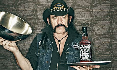 .@JackDaniels_US  If anyone deserves a signature bottle it's Lemmy. R.I.P. #Motorhead https://t.co/D61oqZU1Wb