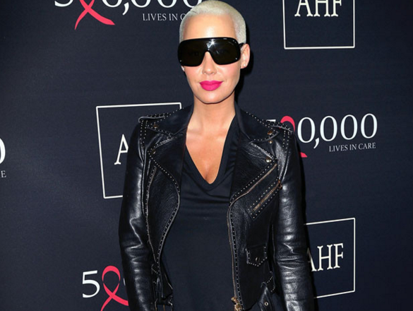 Oops! Amber Rose just gave out her number to the Twitterverse: