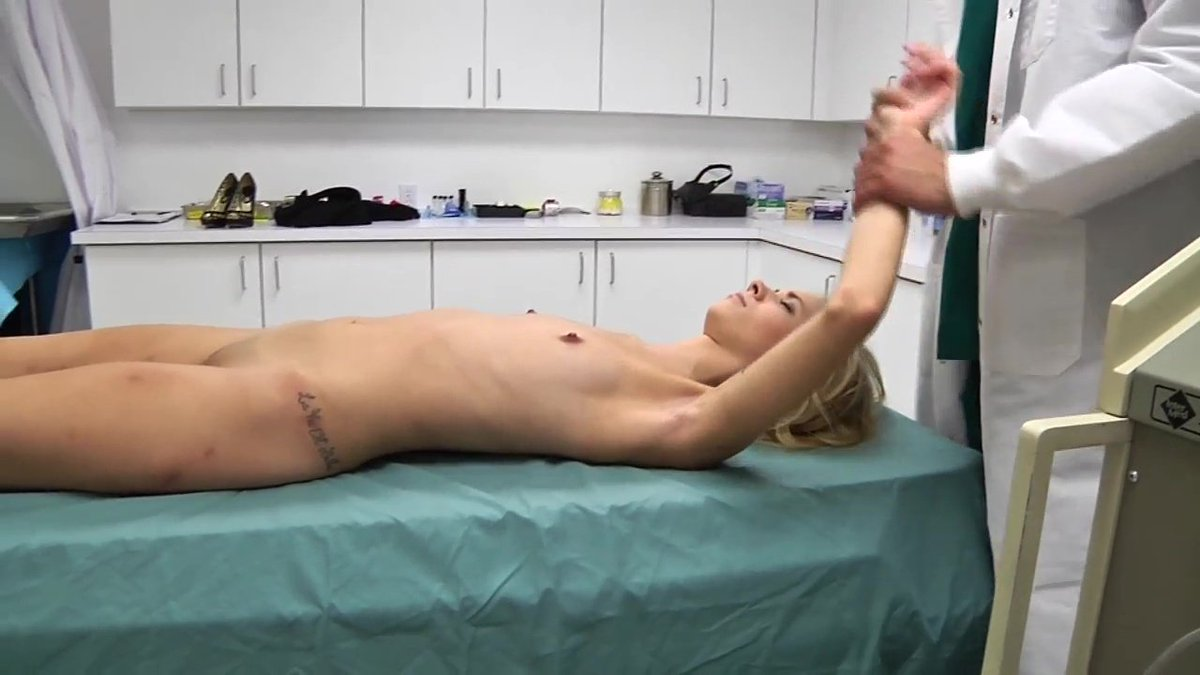 RT : Rachel James gets put under for a little fondling by the doctor! RE9dVXUmC6