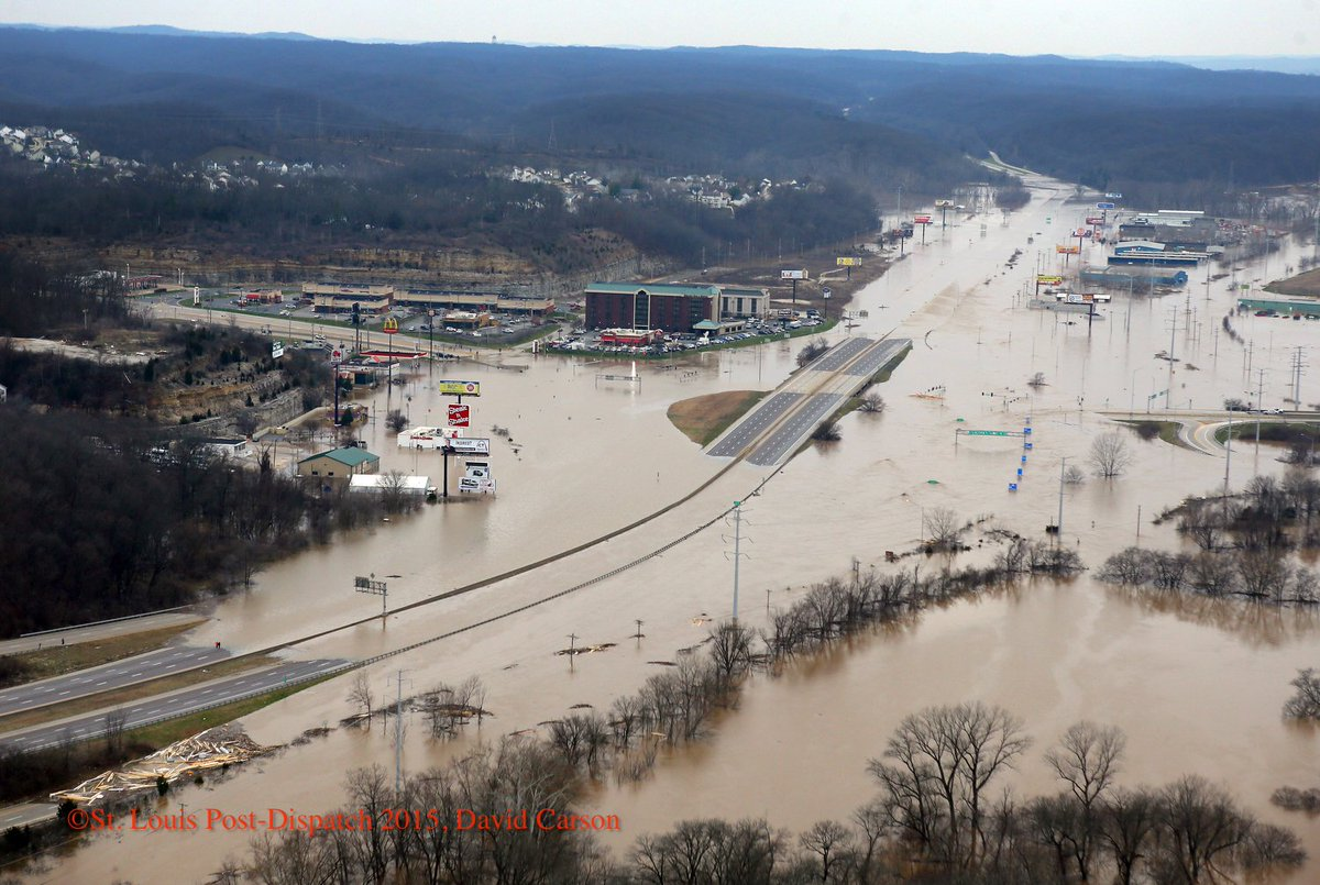 Meramec River floodwater swamps Interstate 44 @ Highway 141 could remain closed until Fri see @stltoday for more pix https://t.co/fRuUsrtAHP