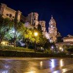 Ven y pasea en las noches de #Málaga... Foto: @fortes_sergio https://t.co/UP1sZfjsOA