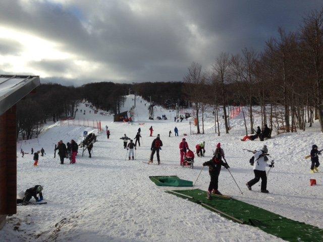 1ère journée à la station de ski de Prat-Peyrot Mont-Aigoual https://t.co/knubb9qmBn