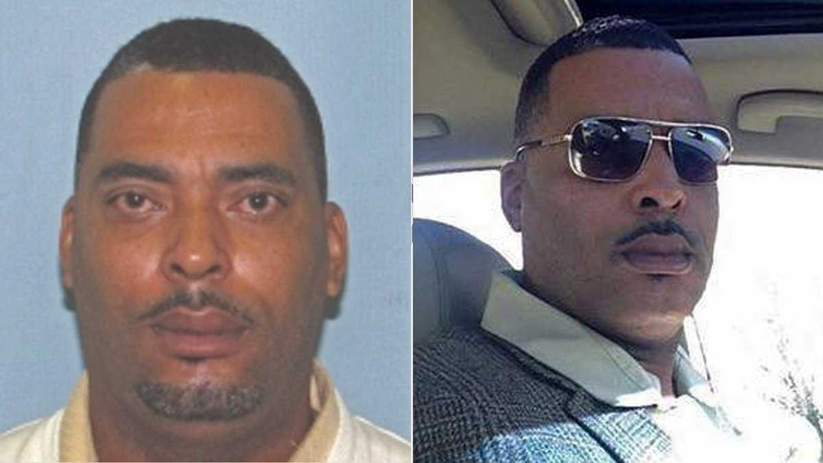 Wanted man sends police selfie to replace mugshot he said made him look 'terrible' https://t.co/A8xpheVk3J