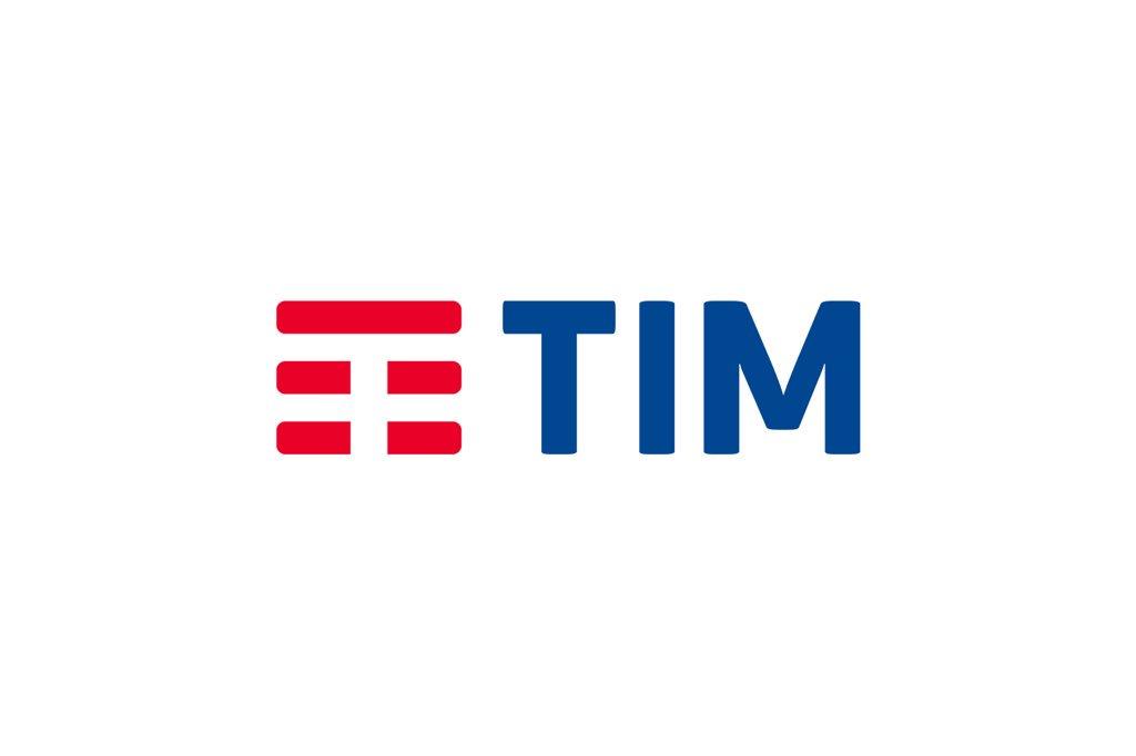 Telecom Italia diventa TIM: un nuovo brand, una nuova campagna, una nuova sede. Wow. https://t.co/f9IWneIyoJ https://t.co/xFVruaADNk