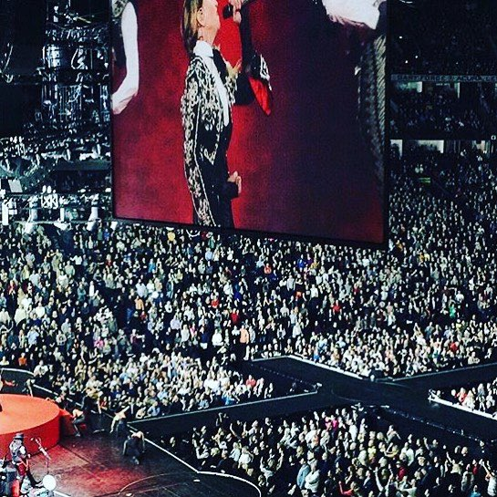 Nashville was lit! Thank you????????????‼️⭕️❌ ❤️#rebelhearttour https://t.co/FoT5WEiodO