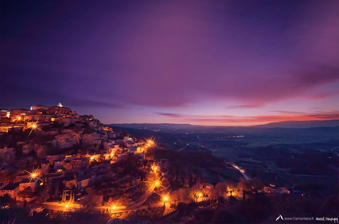 Sunrise over the village of Gordes  #travel #luberon ©RenaudDanquigny https://t.co/q6JGMMIwu2
