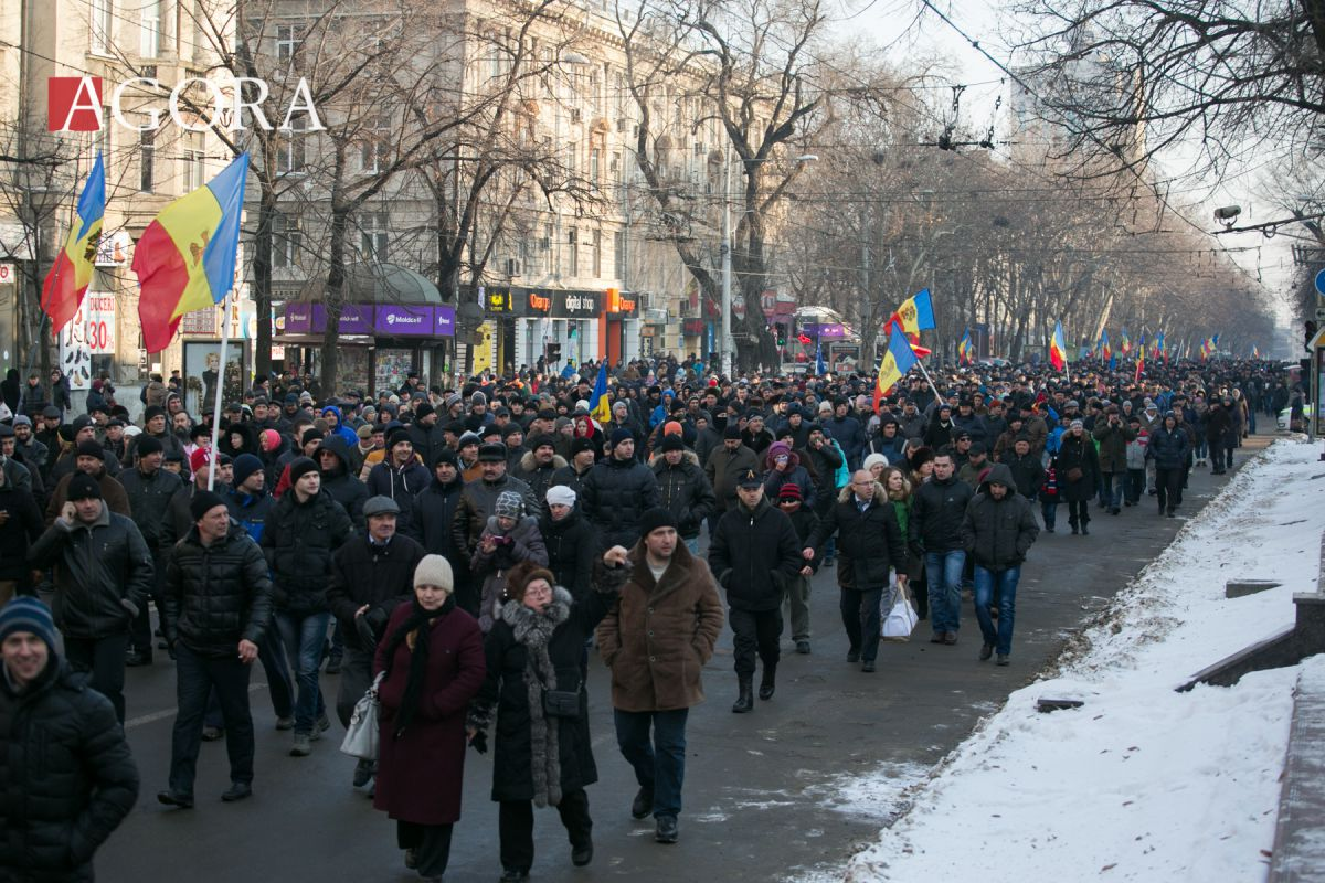 Protesters plan a new massive demonstration on Sunday in #Chisinau, Capital of #Moldova #protest https://t.co/CqW295Be0t