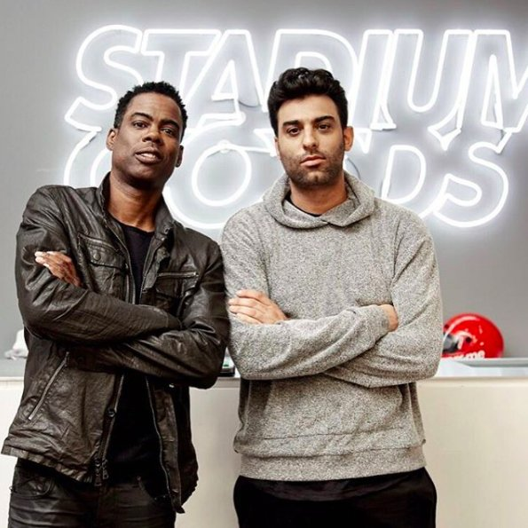 .@ChrisRock Goes Sneaker Shopping With @Complex at @StadiumGoods https://t.co/6g5Lfa71gB https://t.co/t7lK3NLxXl
