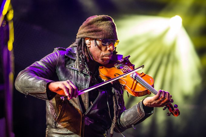 Please join us in wishing Boyd Tinsley a very Happy Birthday!