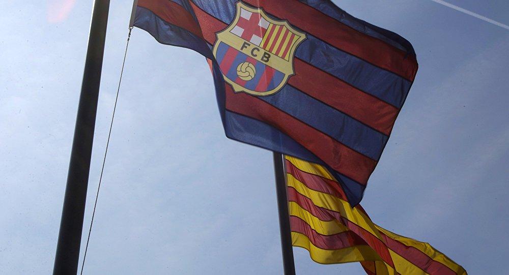 RT @SputnikMundo: El #Barça se suma al referéndum soberanista en #Cataluña   https://t.co/NR7aUU6t9p https://t.co/XT0SAlJohz