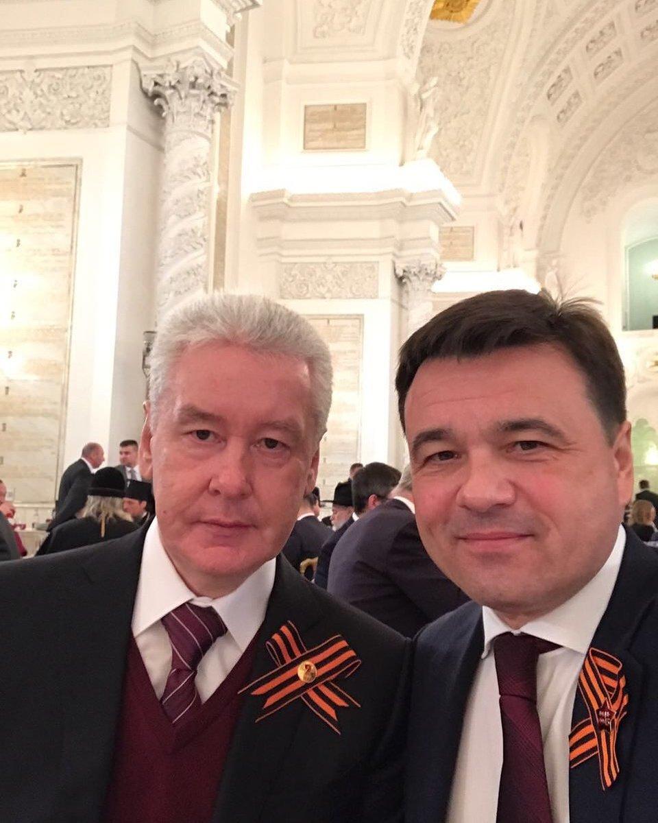На приёме Президента поздравляем с мэром Москвы наших ветеранов #ДеньПобеды #9мая https://t.co/2RtUevhCZC