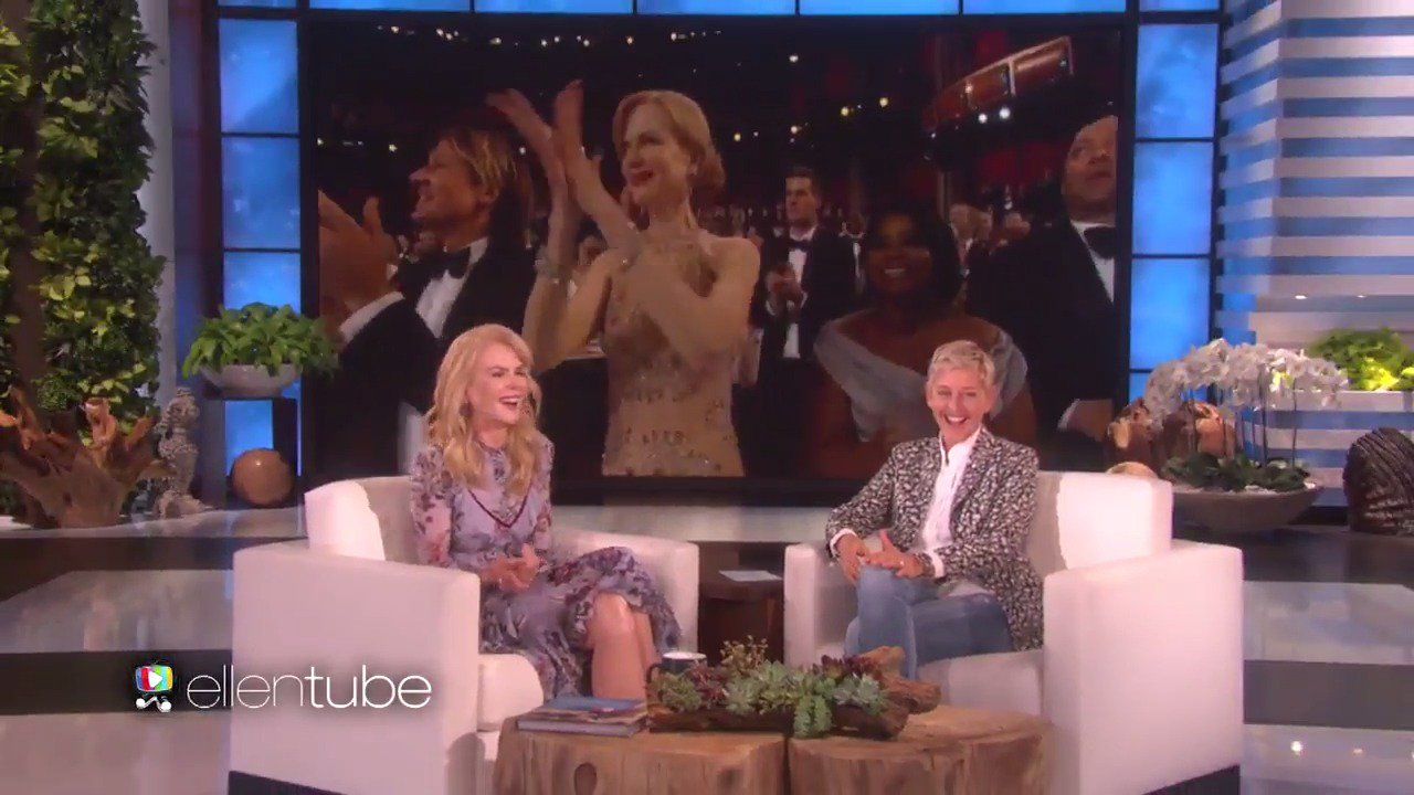 Nicole Kidman revealed to me how she made it to 49 without learning how to clap. https://t.co/aLdLVSg82e