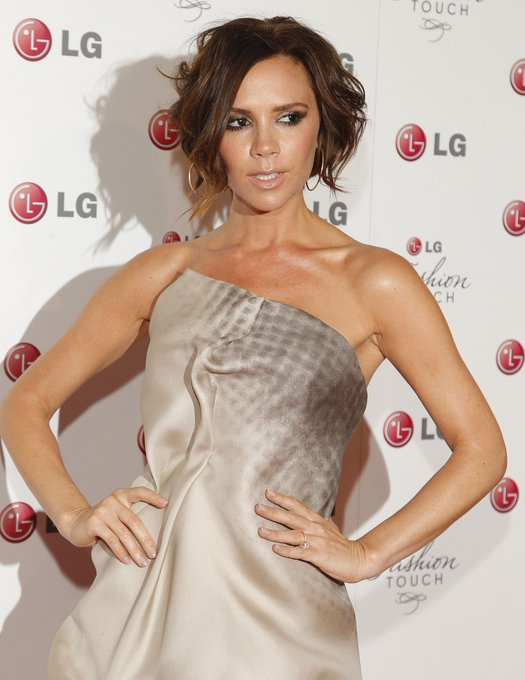 Happy 70th Venusian Birthday Victoria Beckham!  Remessage
