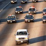 #ThePeoplevOJSimpson and that infamous Bronco chase: What if it happened today? https://t.co/AzLux6AxZa https://t.co/TAfLGe2Yhi