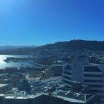 Another bluebird day Wellington @whywellington @_SkyWellington_ #wellington #sky #wellington #NewZealand https://t.co/kef3U17fGo