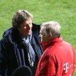 🎵Gute Freunde kann niemand trennen🎵  Hermann #Gerland und @VfLBochum1848eV-Legende Michael Ata Lameck. #BOCFCB https://t.co/TWWLNryQ5i