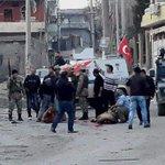 Cizreyi teröristlerden temizleyen Mehmetçik, tekbirlerle Kurban kesti. Allah kabul etsin! https://t.co/0D8Tt67mI6