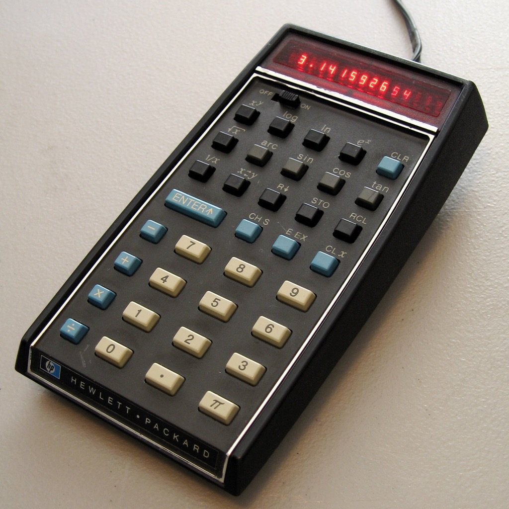 Today in 1972: the first hand-held calculator - the HP-35 - is released. It cost $395 & looked like this #science366 https://t.co/O7tIFYJUil