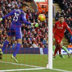 PHOTO Firmino provides the @LFC breakthrough with a well-placed header. Its 1-0 (69 mins) #LIVSUN https://t.co/OQbRzE9cqg