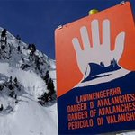 Op eerste dag vakantie: zeker vijf doden door lawine in Tirol https://t.co/WeBDDl85jb #hln https://t.co/V5Id5dZseZ