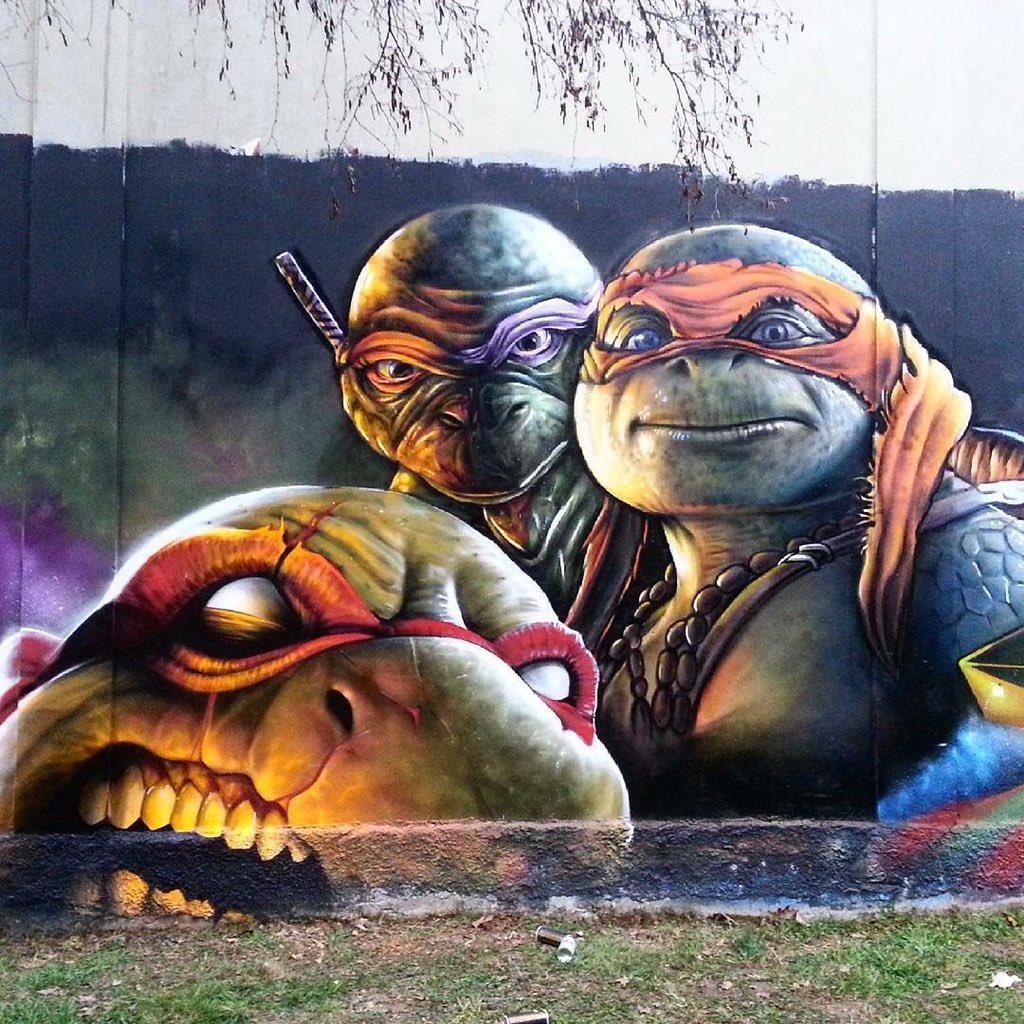 New awesome Street Art of @TMNTMovie by Cheone   #art #mural #graffiti #streetart https://t.co/q1VeIqd8Y2