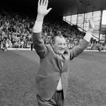 Today we remember #LFC legend and former manager Bob Paisley, who passed away 20 years ago today. https://t.co/QCkDnXh2m2