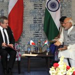 Deputy PM Piotr Glinski of Poland & PM @narendramodi had a fruitful interaction on enhancing India-Poland ties. https://t.co/4uDQOrYecs