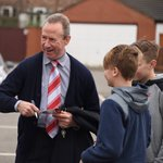 John McGovern signs some autographs ahead of this afternoons game. #NFFC https://t.co/4AU0OO4r1H