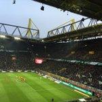 Die Zuschauerzahl: Borussia Dortmund bedankt sich bei 80.900 Zuschauern! 👏 // 80,900 visitors today! #bvbh96 1-0 https://t.co/LMeL3B9cKg