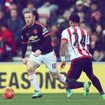 Great photo of @yedlinny defending the legendary Wayne Rooney in Sunderlands 2-1 win over Manchester United. https://t.co/gBwAP51wwG