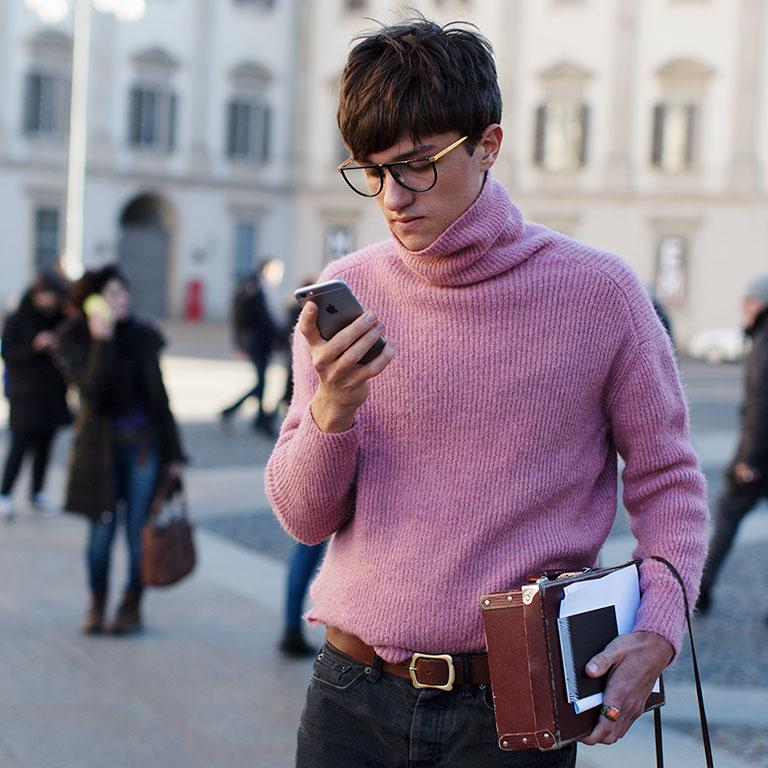 On the Street...Piazza del Duomo, Milan. Shot for Faces by The Sartorialist https://t.co/GBQxgzupja