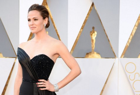 Jennifer Garner on having faith: ''You can't expect the world just to be good.''