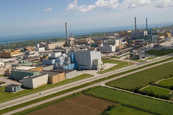 L'ASN met de nouveau en garde #Areva sur l'état des usines de La Hague https://t.co/MlkwYwFygk #nucléaire https://t.co/1ObZNtUcQp
