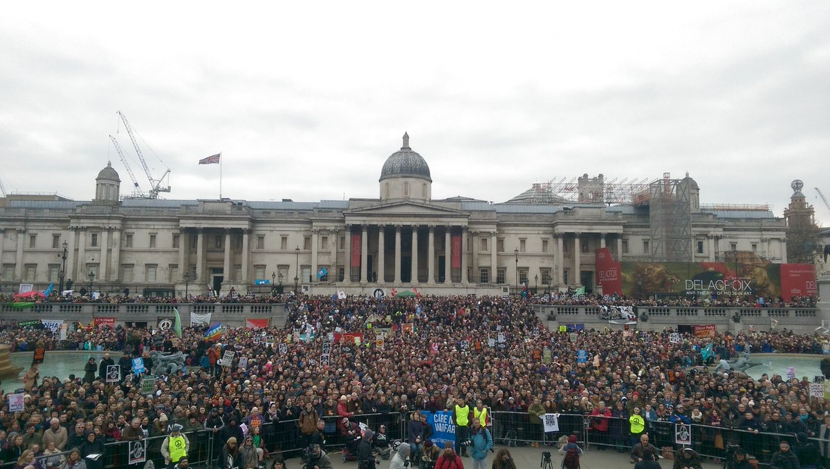 Huge crowd in Trafalgar Square for #StopTrident rally. https://t.co/jRxe8C79th